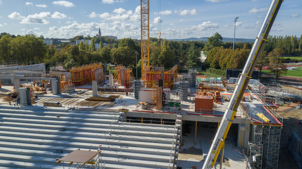 Banches SC 1015 BOX et Passerelles P3D SATECO sur le chantier Demathieu Bard du Stad de Metz