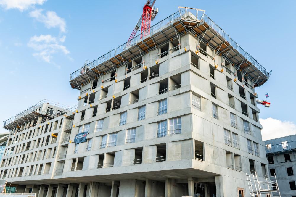 Banche de coffrage Sateco sur le chantier Rabot Dutilleul à Massy